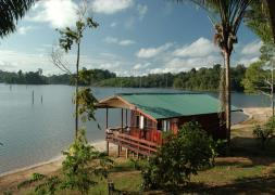 Ston Island Suriname